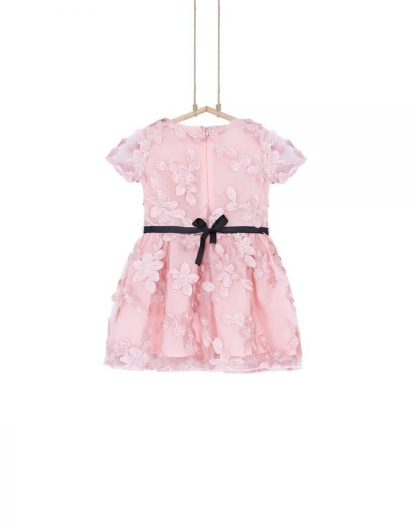 dievčenské šaty spoločenské