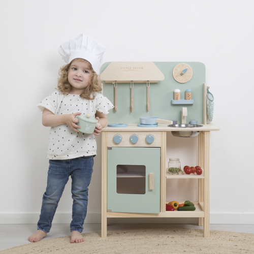 drevená kuchynka Little Dutch