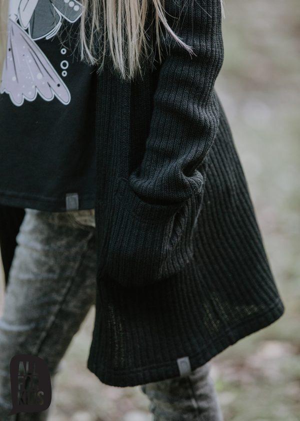 dievčenský sveter čierny