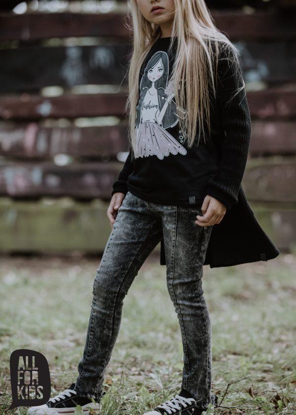 čierny sveter dievčenský