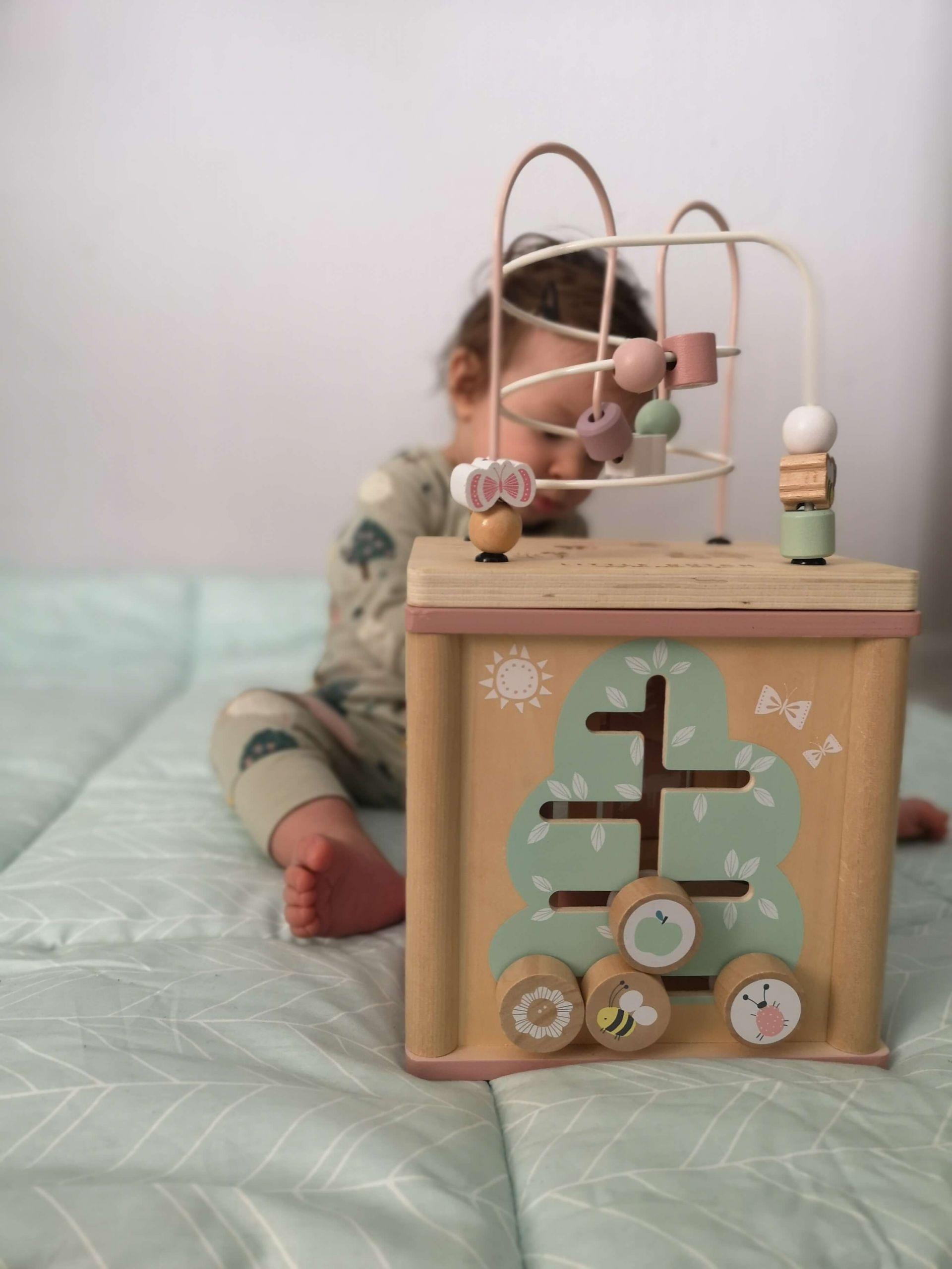 náučné hračky pre deti 1 rok